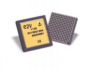 12位3Gsps的DAC,集成了4:1/2:1的多路复用器,支持与标准LVDS FPGA通过简单的接口连接